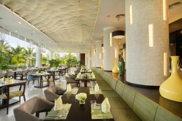 Nhà Hàng bar Ăn Uống Khách Sạn View Biển Tại Vinpearl Resort Nha Trang Bay Booking Đặt Phòng Giá Rẻ