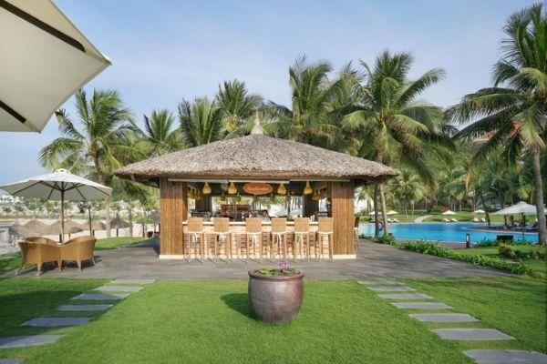 Quầy Beachcomber Bar Vinpearl Resort Nha Trang