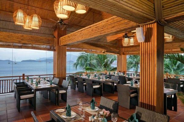 Menu Nhà Hàng bar Ăn Uống Tại Khách Sạn Resort Villa Tại Vinpearl Resort Nha Trang Bay Booking Đặt Phòng Giá Rẻ