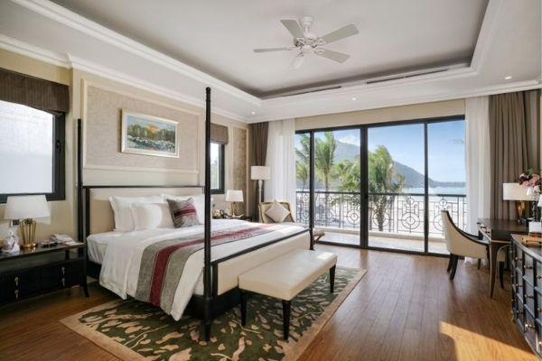 Đặt Phòng Booking Vinpearl Resort Nha Trang  Phòng Grand Deluxe Hướng Biển Giường Đôi