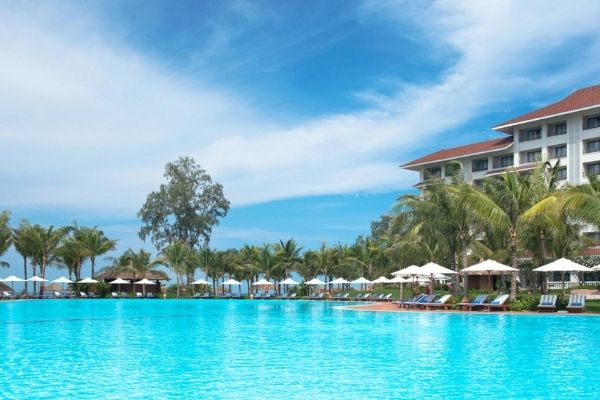 Pool Bar Vinpearl Phú Quốc Resort & Spa